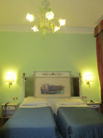 Hotel Donatello: stanza