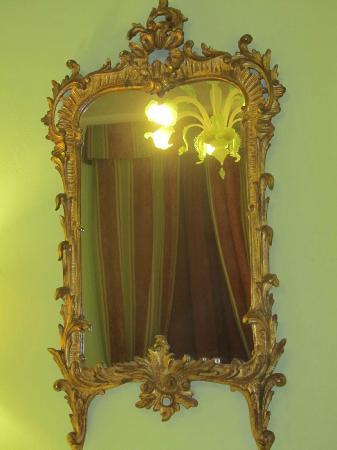 Hotel Donatello: specchio