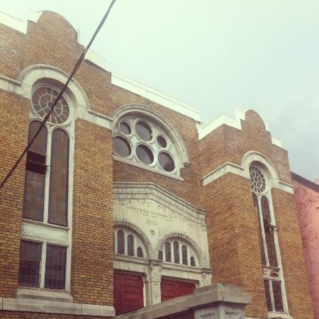 Tasty Tours: One of Kensington Market's beautiful buildings