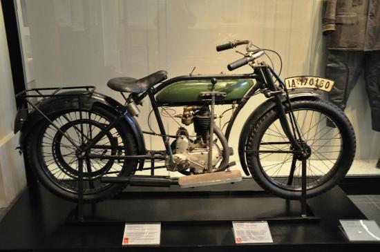 Musée historique allemand : Motorrad aus dem 1. Weltkrieg