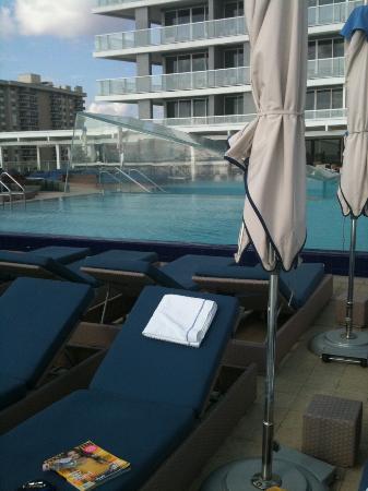 W Fort Lauderdale: Infinity Pool