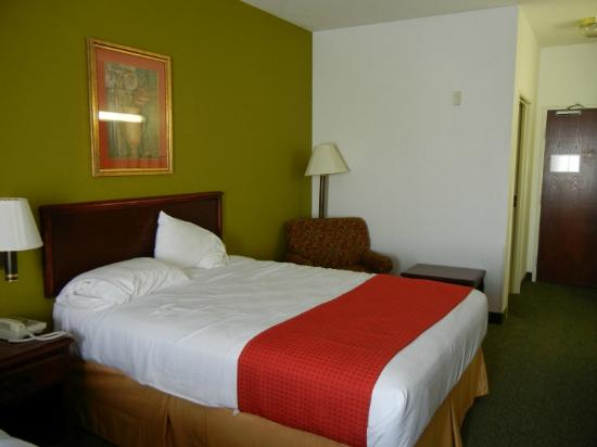 Super 8 Hillsboro: Our Room