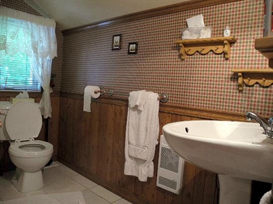 Auberge Majella: Bathroom