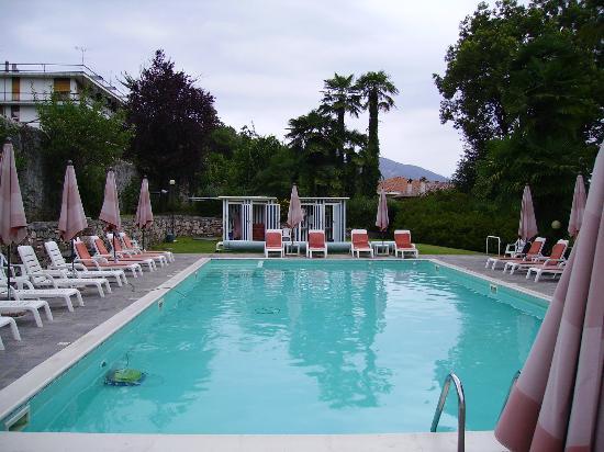 Hotel Villa Paradiso : The pool area