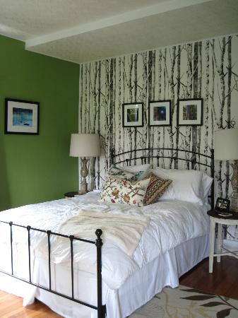 Orchard House Bed and Breakfast: Walden Room- Loved It!