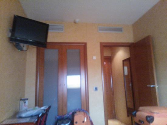 Hotel Villa De Barajas: Habitación
