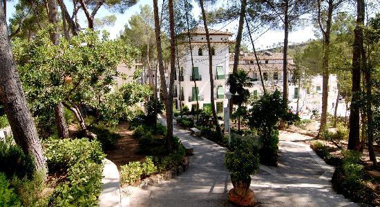 Cofrentes, Spain: Vista del edificio principal