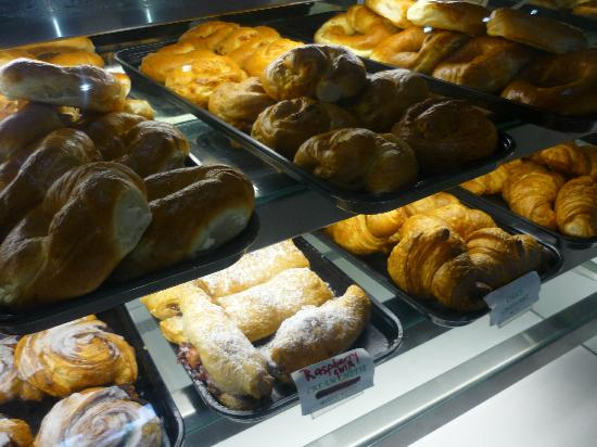 Fresh Bakery and Bistro: Fresh and tasty!
