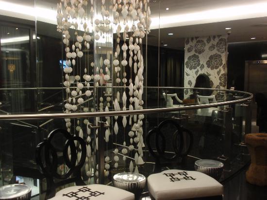 DaVinci Hotel and Suites: Zona recepción