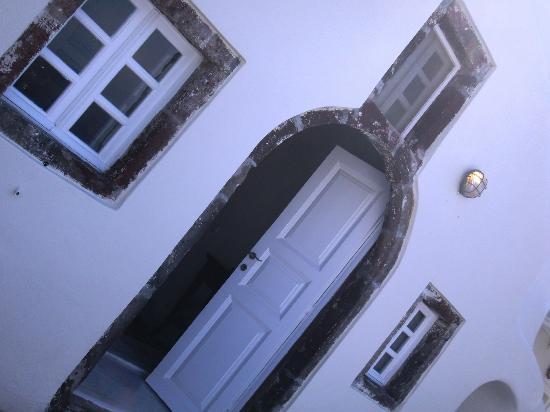 Canaves Oia Hotel : entrée de la suite