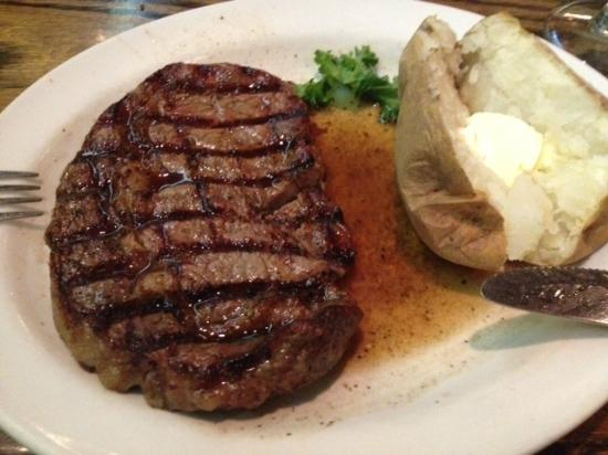 Cattlemen's Steakhouse: Ribeye Steak & Potato