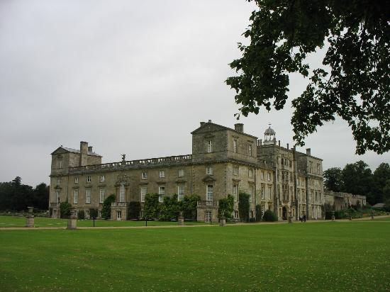 Wilton House from a distance