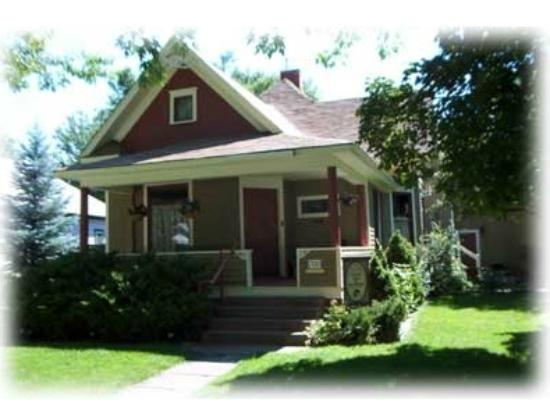Ellen's Bed & Breakfast : Ellen's B & B summer