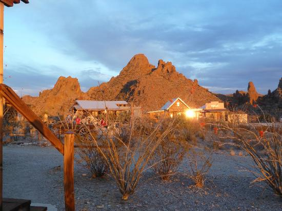 Ten Bits Ranch: View from the parking lot