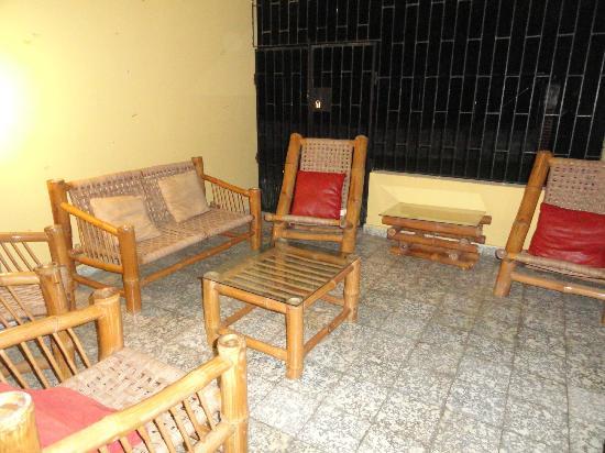 Jarabacoa Mountain Hostel: Terrasse!