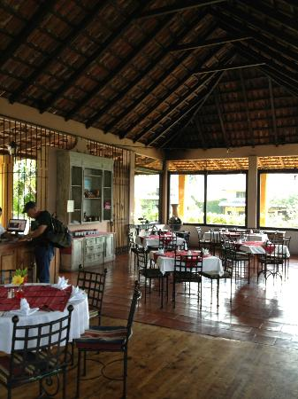 Hotel Toliman: restaurant