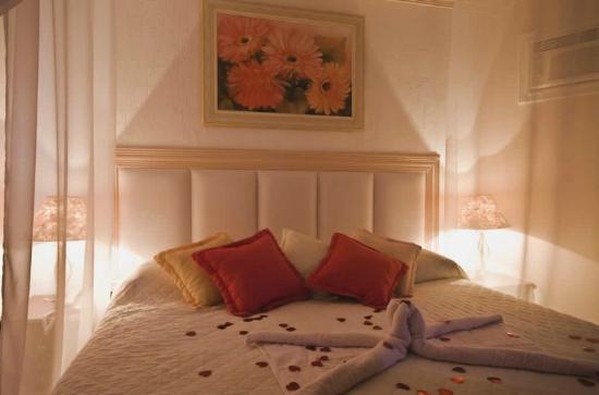 Hotel & Pousada Laje de Itauna: SUÍTE LUXO