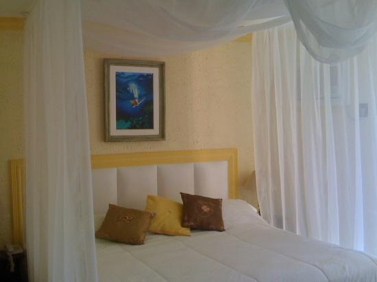 Hotel & Pousada Laje de Itauna: SUITE LUXO