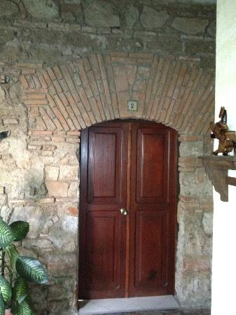 Hotel Casa del Parque: Door to the room