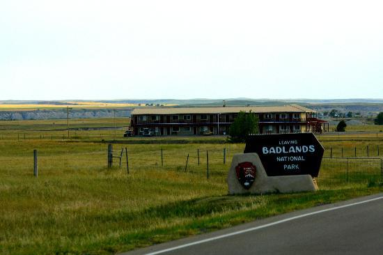 Badlands Inn: Location, Location, Location ...