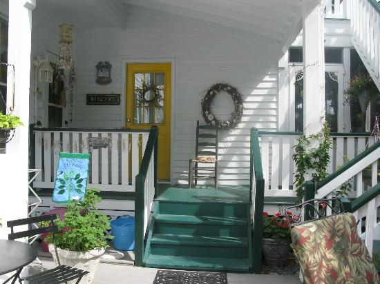 Barclay Cottage Bed and Breakfast: entrance