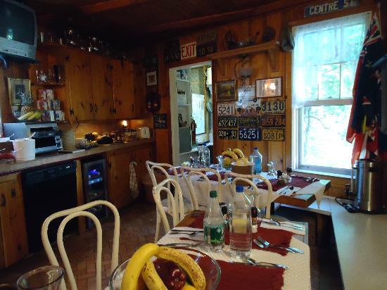 Century House: Kitchen/Brunch
