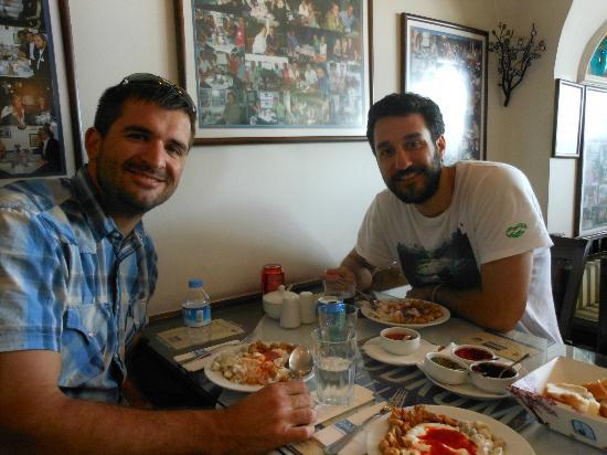 istanbulite: Sinan introduced us to to Turkish ravioli in Bebek neighborhod during the 'Along the Bosphorus T
