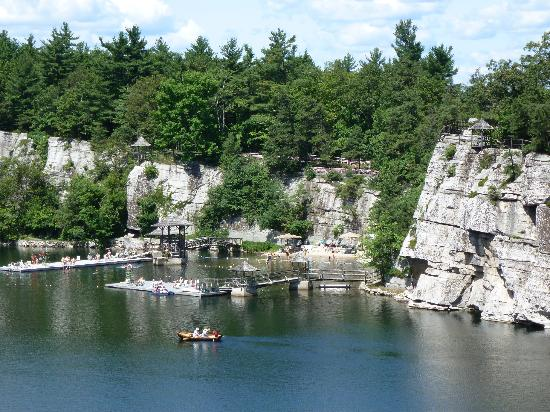 Mohonk Mountain House: the lake