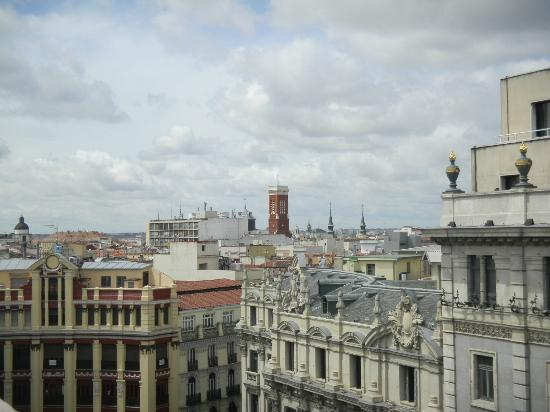 Quatro Puerta del Sol Hotel: Vista de la habitación