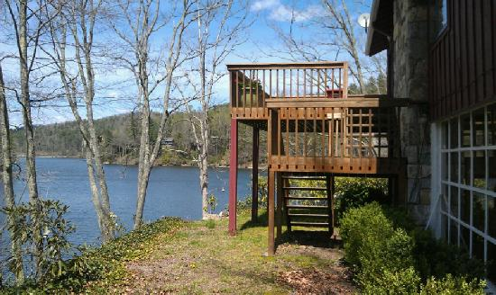 Lake Glenville : SpringTime on the Lakeside Deck