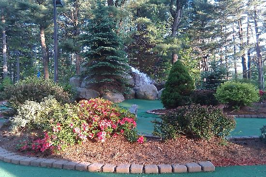 Grandview Mini Golf