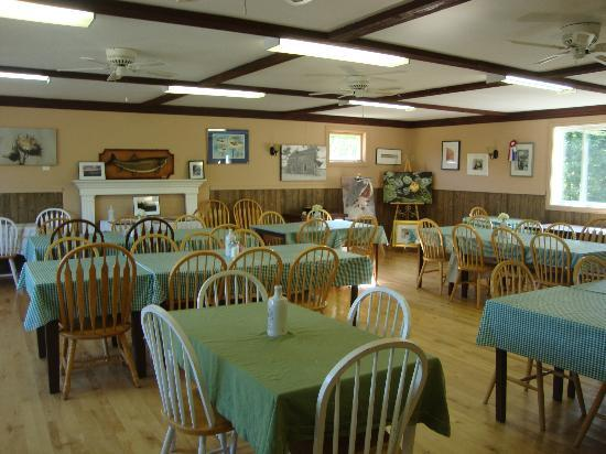 Timberlane Rustic Lodges: Dining Hall