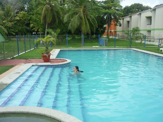 Hotel Nitana: Piscina y alrededores