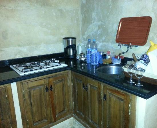 Dar Othmane: Corner of pantry