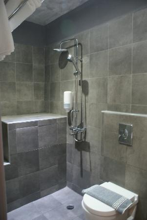 Shower makes whole bathroom wet. - Picture of Ilio Maris Hotel ...