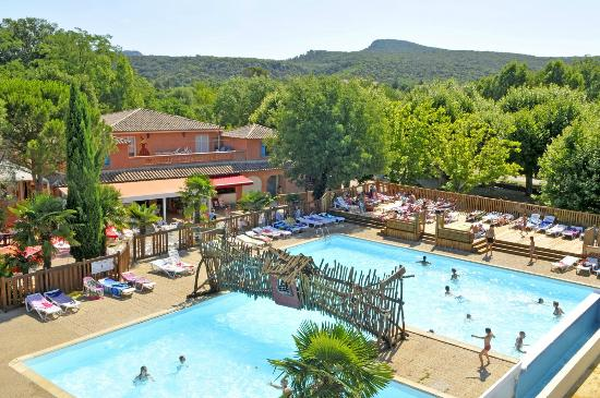 Camping Les Fumades : Piscines