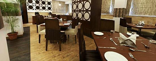 Royal Ramiro Residency: Dining