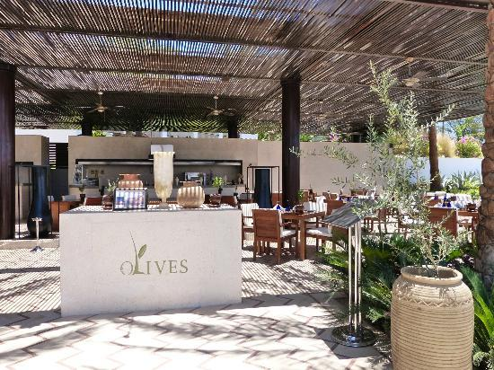 Hilton Luxor Resort & Spa: Olives Restaurant