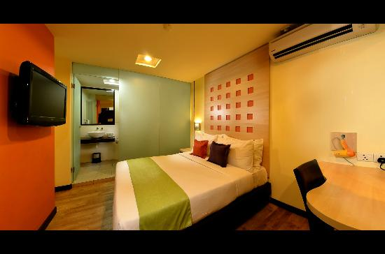 360 Xpress Citycenter Kuching: Deluxe Queen