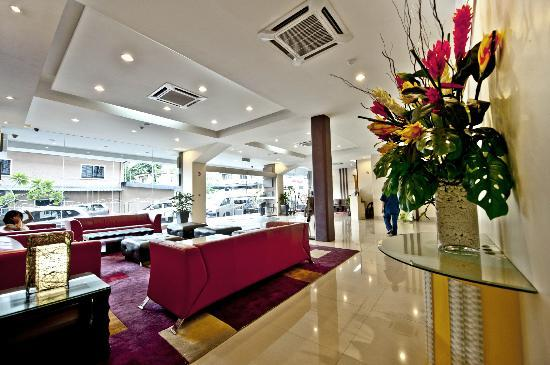 360 Xpress Citycenter Kuching: Lobby