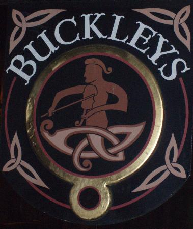 ‪أربوتوس هوتل: Buckleys Bar‬