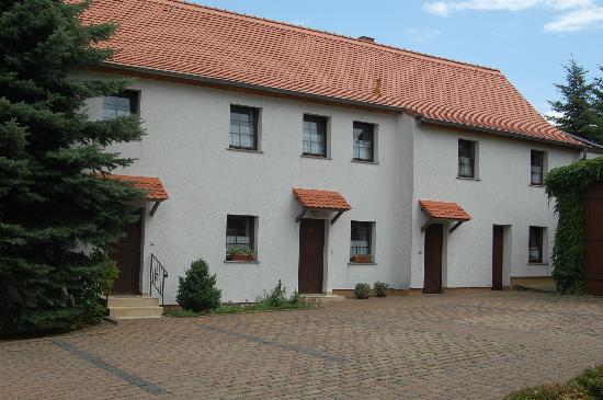Hotel Zum Nussbaum: Parkplatz
