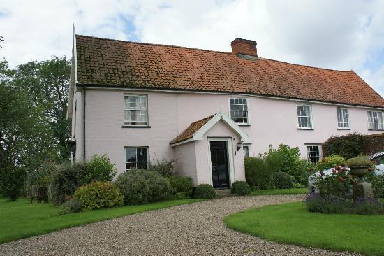 The Firs Farmhouse : Front of farmhouse