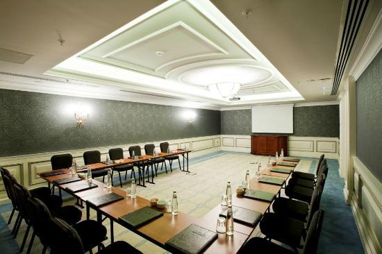 โรงแรม ริกซอส เปรา อีสตันบูล: Meeting Hall