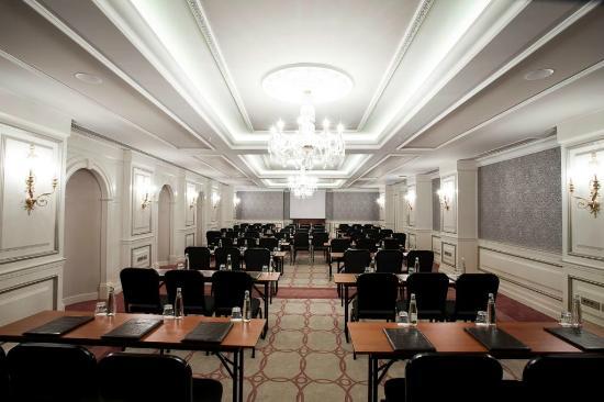 Rixos Pera Istanbul: Meeting Hall