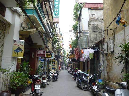 Hanoi Sans Souci IV Hotel: Ngo Huyen Street, Hanoi