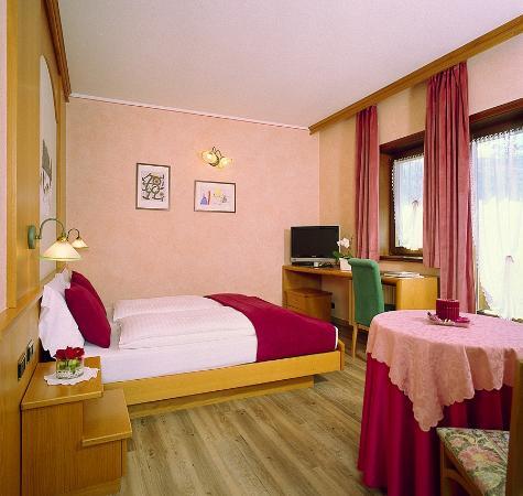 Hotel Francesin : Camera