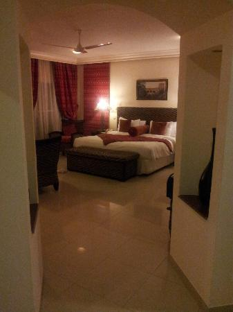 Al Nahda Resort & Spa : Bedroom upon entrance