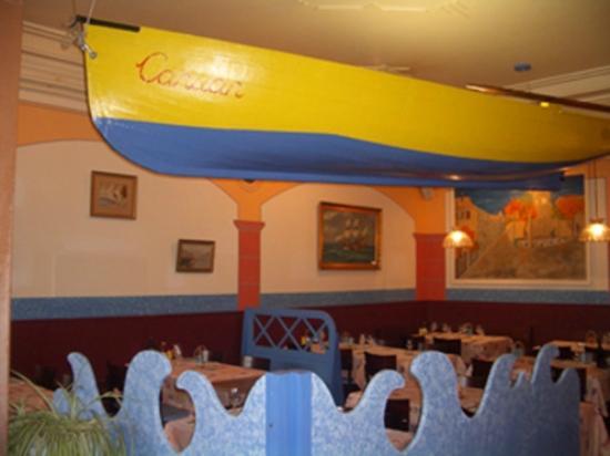 Cafe du Port: Le restaurant