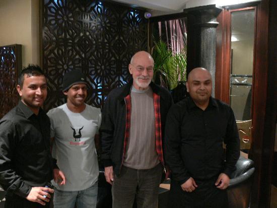 Sir patrick stewart foto di anokha indian bar restaurant for Anokha cuisine of india